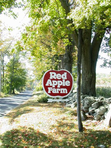 Red Apple Farm, Phillipston, MA